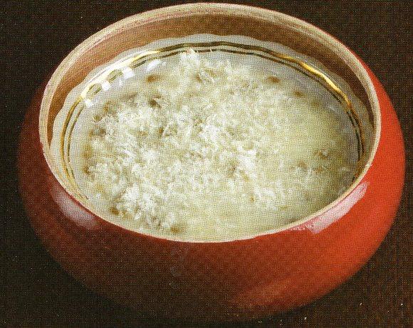 Sütlü Maş Çorbası